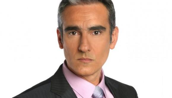 ¿Cuál look le queda mejor a Miguel Varoni? Video
