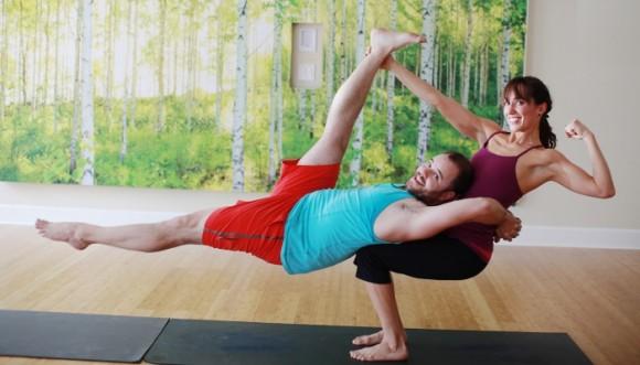 Posiciones de yoga para hacer el amor