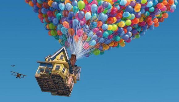 Hombre intentó volar con globos de helio como en Up (Video)