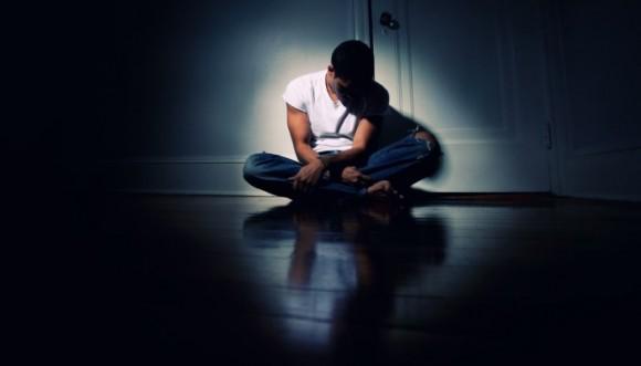 ¿Tu hombre está deprimido? Podría tener poca testosterona...