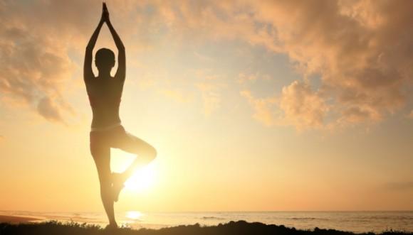 ¿Puede el yoga hacerme ver más alta?