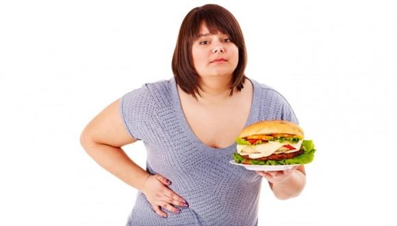 Mala dieta puede ser tan dañina para el hígado como el alcohol