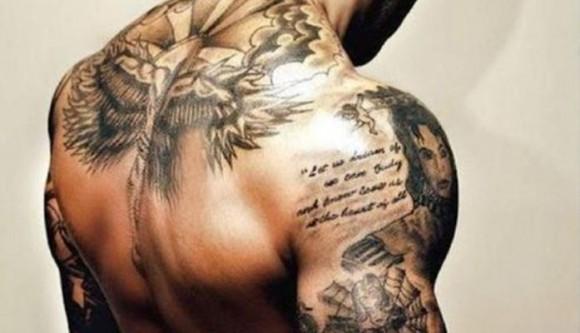 Resultado de combinar hombres lindos y tatuajes (Fotos)