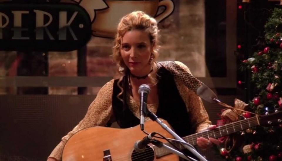 """""""Phoebe"""", de Friends, le llevó un gato apestoso a Taylor Swift"""