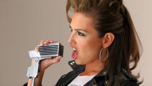 Conoce el lado rockero de Thalia (Fotos)