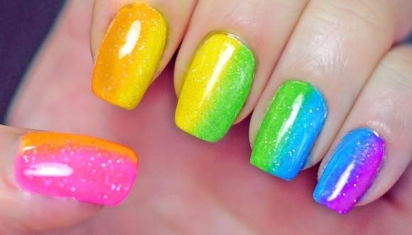 Uñas arcoíris fácil y rápido (Tutorial)