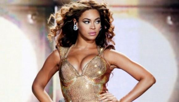 El arte de vestirse de dorado en 6 pintas de Beyoncé