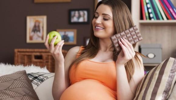 ¿Cómo te alimentas durante el embarazo? Cuidado (Fotos)