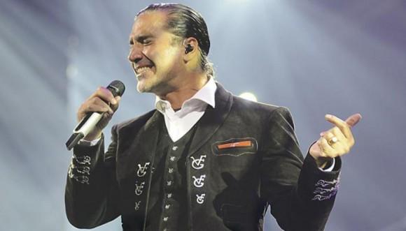Alejandro Fernández canceló concierto por su salud