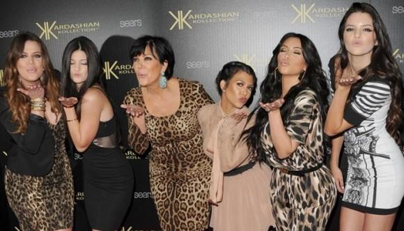 Celebramos el cumple de Kim preguntando ¿cuál es la más loba de las Kardashian?