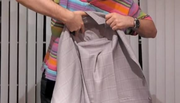 ¿Cómo empacar un blazer para que no se arrugue?