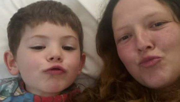 Madre soltera con cáncer quiere futuro para su hijo de 4 años