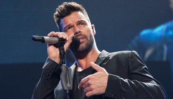 Mujeres, Ricky Martin nos da esperanzas