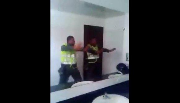 Ellos son los policías del ritmo, pero… Video
