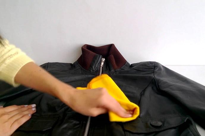 Limpia tus chaquetas de cuero