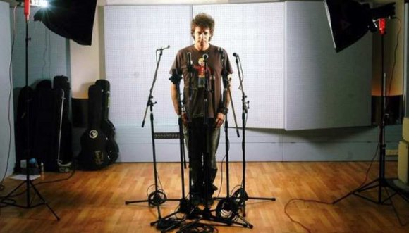 Descubren demos ocultos de Cerati (Audios)