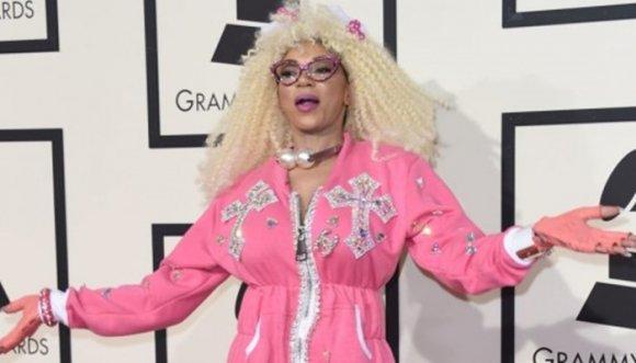 ¿Quienes se vistieron peor que Gaga en los Grammy?