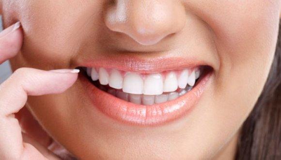 Cómo mantener una sonrisa y labios perfectos