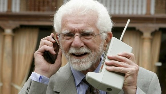 ¿Recuerdas tu primer celular?