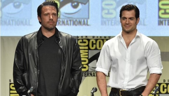 Batman vs. Superman, ¿cuál es más sexy?