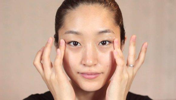Masaje facial Zogan, el secreto de juventud de las japonesas