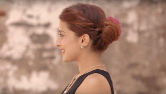 Aprende a hacerte el peinado 'dama de honor' en 5 minutos
