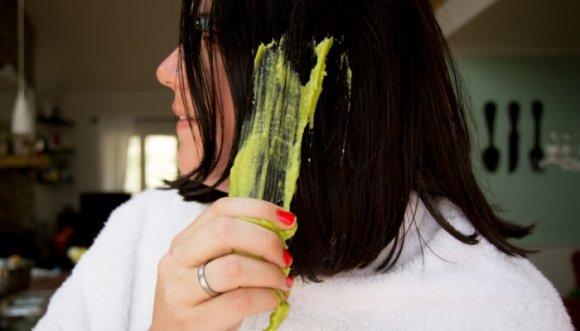 Tratamiento casero milagroso para darle brillo al pelo