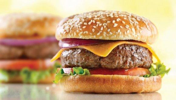 5 locas hamburguesas en su día