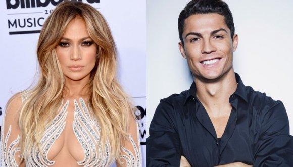 Cristiano Ronaldo ahora canta y con Jennifer Lopez