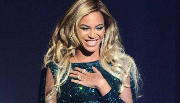 Esto confesó Beyoncé de los grandes diseñadores