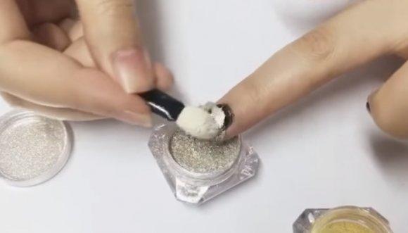 ¿Manicure en polvo? ¿En serio?