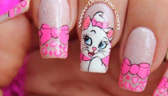 Aprende a hacerte las uñas Marie (TUTORIAL)