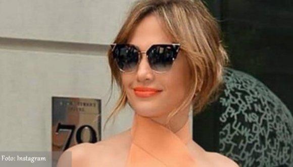 Rumor de embarazo por los lados de Jennifer Lopez