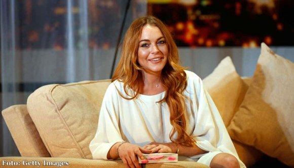 Lindsay Lohan, embarazada y fumando ¡qué bonito!