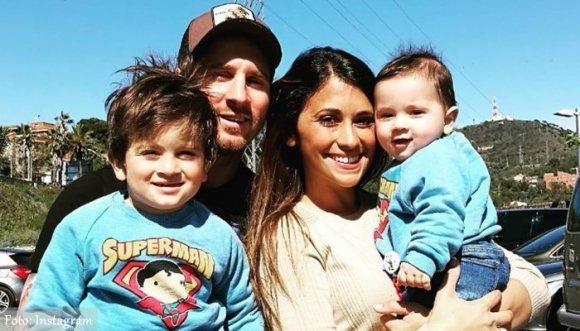 Messi compartió los primeros pasos de su hijo menor (Video)