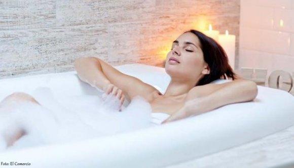 Un buen baño caliente quema calorías, ¡a bañarnos!