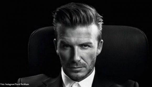 David Beckham aceptó un desafío y apareció semidesnudo (Videos)
