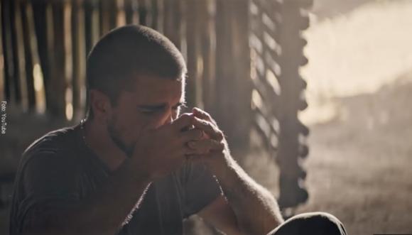 """Escucha """"Hermosa Ingrata"""", lo nuevo de Juanes"""