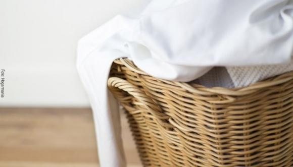4 trucos para eliminar manchas amarillas de tu ropa blanca