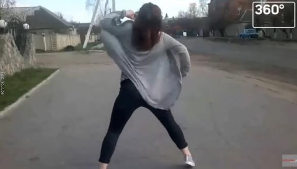 Su baile generó un accidente impensable (Video)