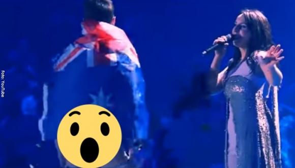 Hombre mostró su trasero en Eurovisión (Video)