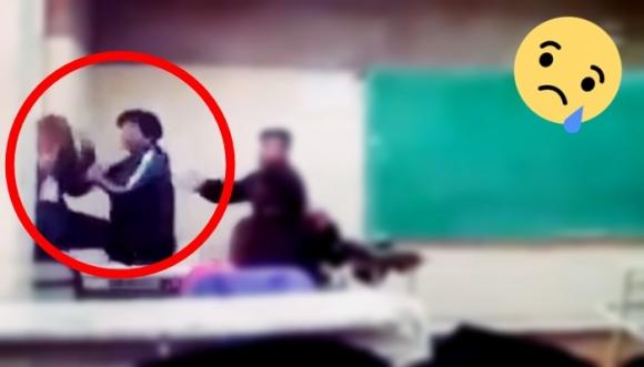 No la dejaron fumar en el salón y golpeó a su profesora