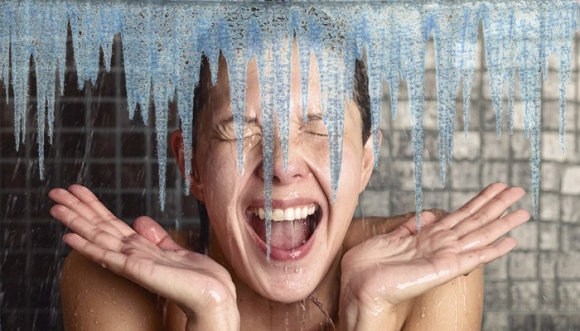 Razones para bañarte con agua fría
