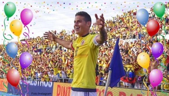 ¿Cuál camiseta le luce más a James Rodríguez?