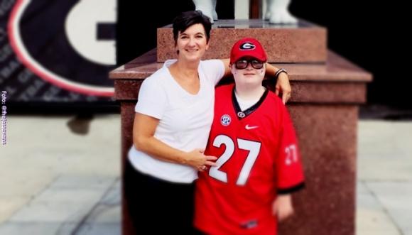 Niño con Síndrome de Down nos emociona con su video