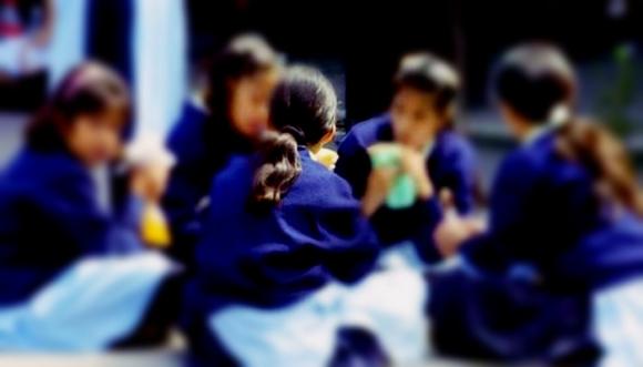 Reino Unido impone el primer uniforme neutro en un colegio