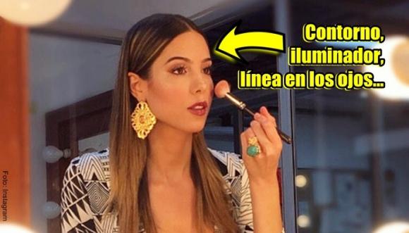 Presentadora de TV Daniela Vega se maquilla así