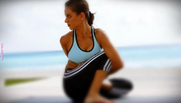 5 posturas de yoga para un tener vientre plano