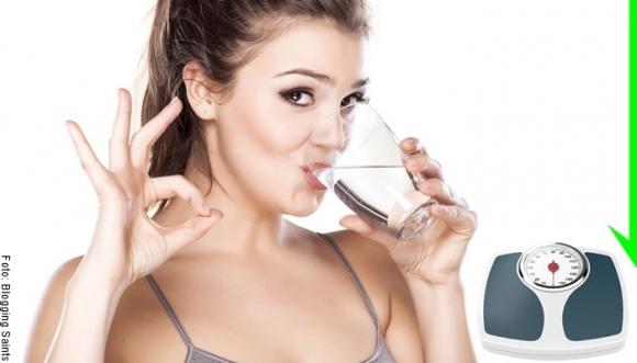 ¡Comprobado! ¡Tomar agua SÍ adelgaza!
