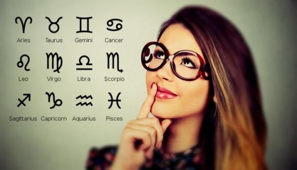 Las 5 mujeres más inteligentes según su signo del Zodiaco